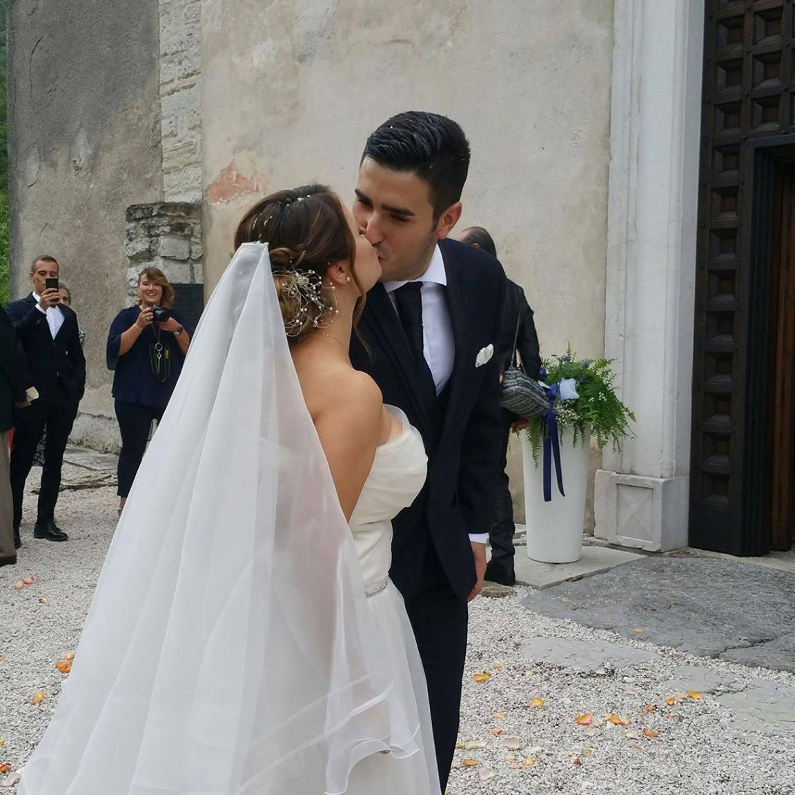 3a9677512dca Io e il mio compagno abbiamo scelto il nostro vestito per il matrimonio e  siamo super soddisfatti di esserci affidati a loro.