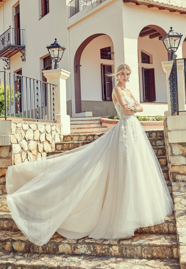 Abiti Da Sposa Verona.Collezioni Di Abiti Da Sposa A Verona Abiti Da Cerimonia Vestiti